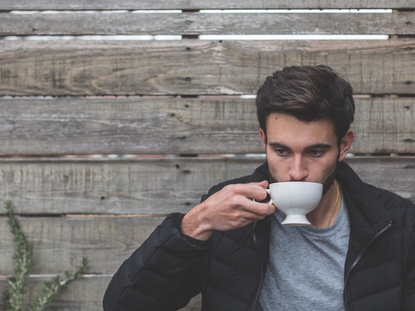 Топ-7 напитков, которые помогут поддерживать сон и вес в норме
