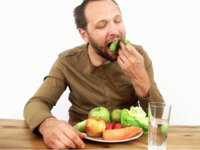 Доказан вред сырых овощей для организма