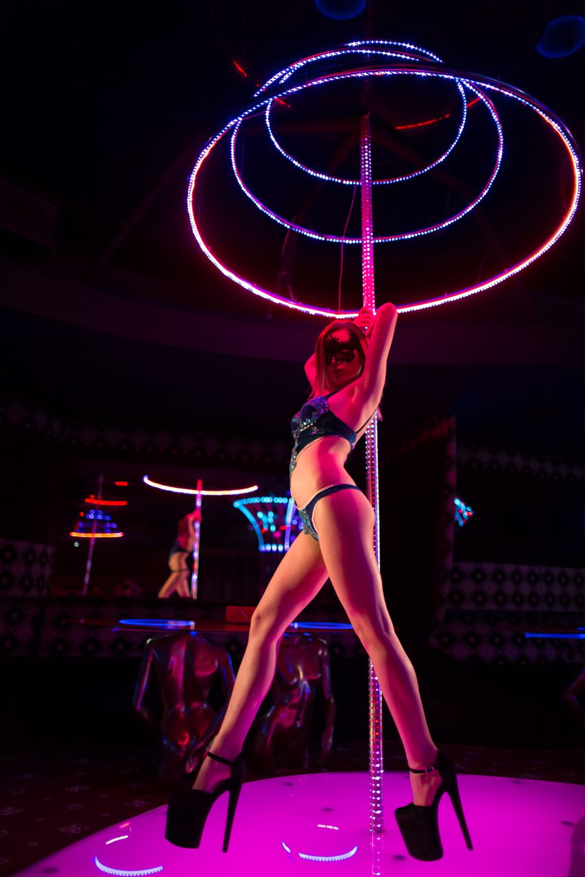 Strip club rules around the world