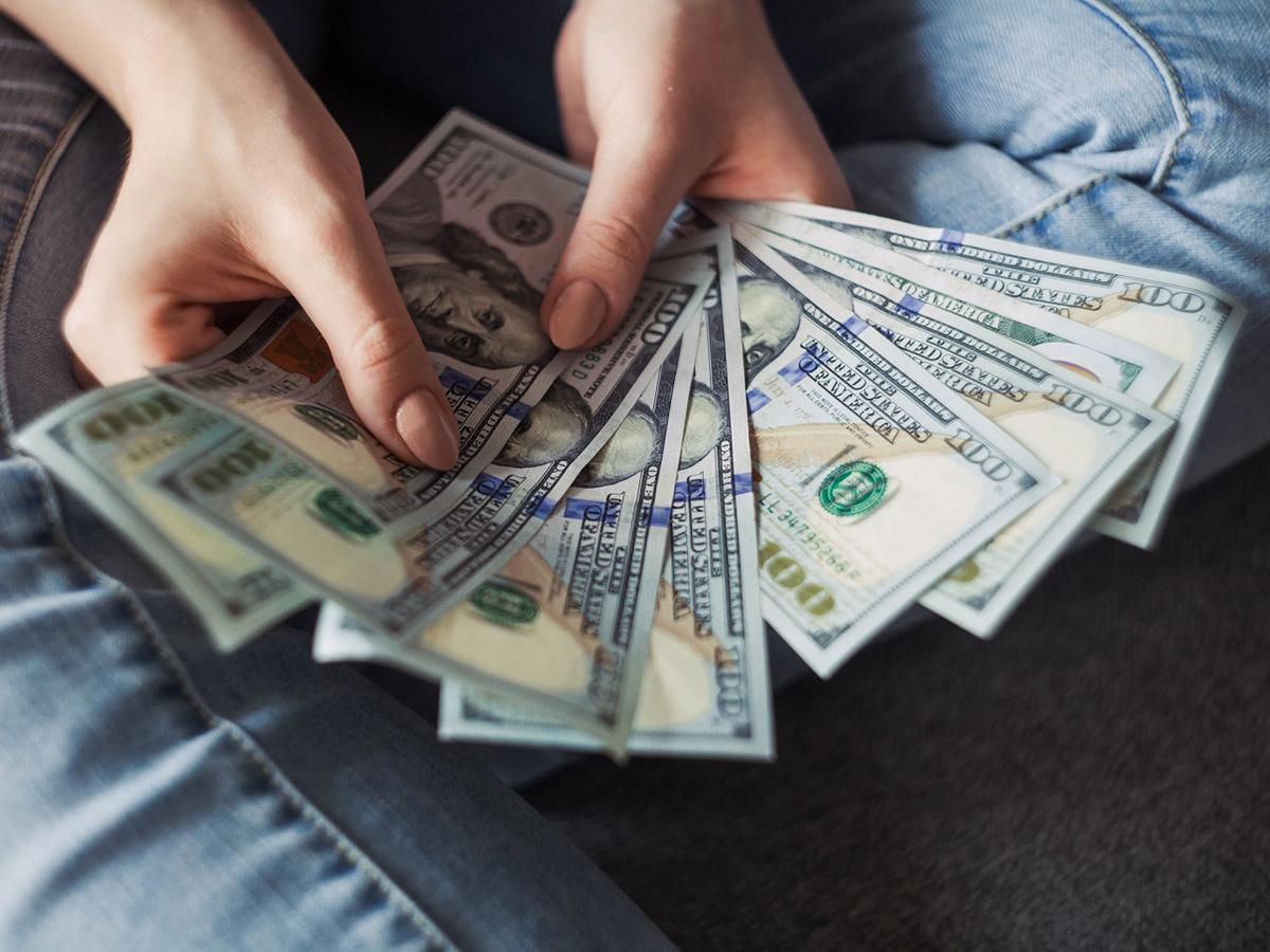 Что делать со 100$? Или куда их правильно инвестировать