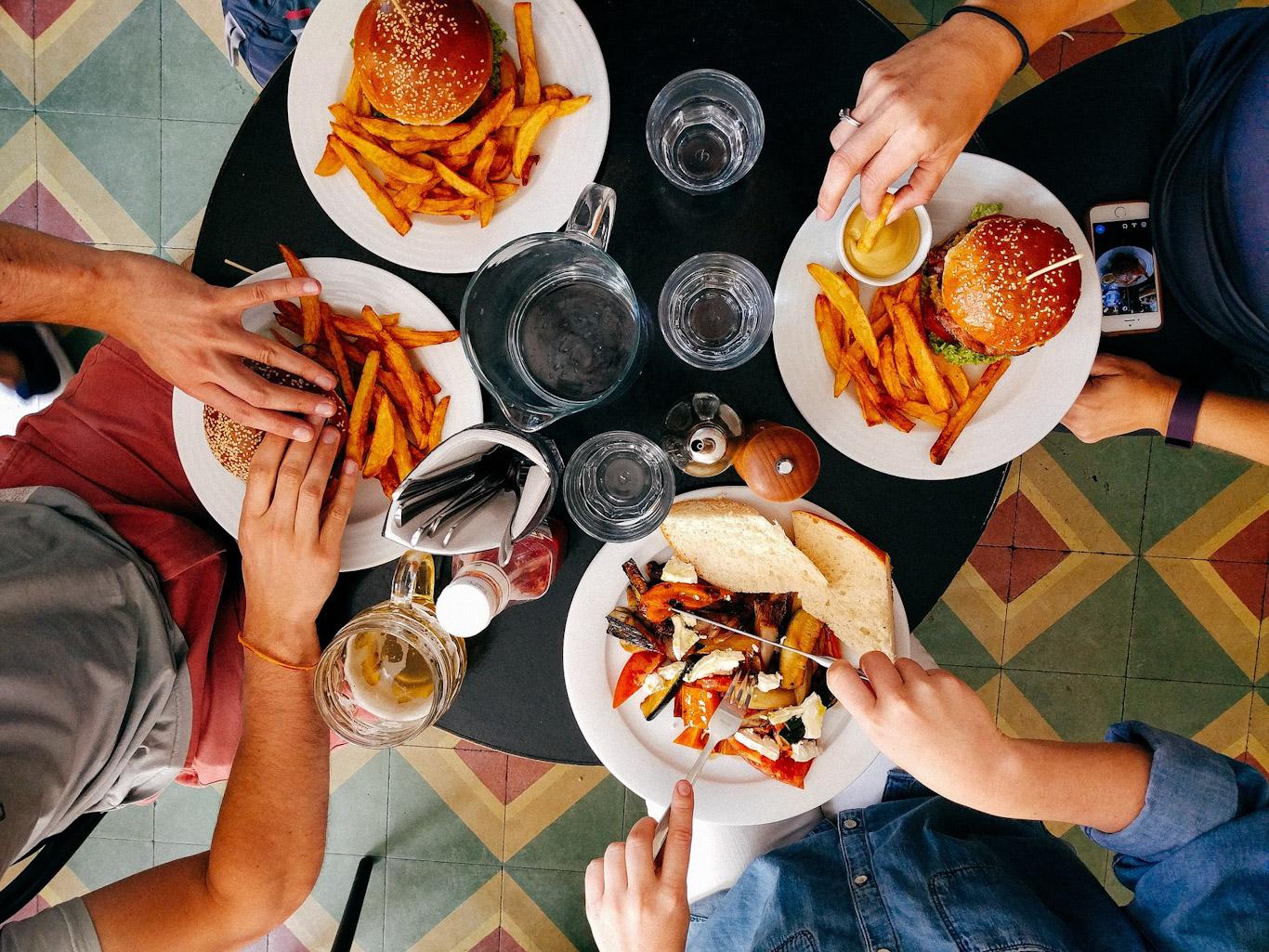 Какие продукты питания повышают мужскую потенцию?