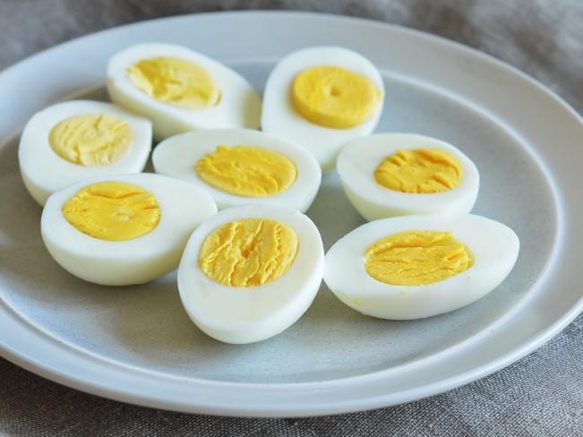 Регулярное употребление яиц спасает от слепоты