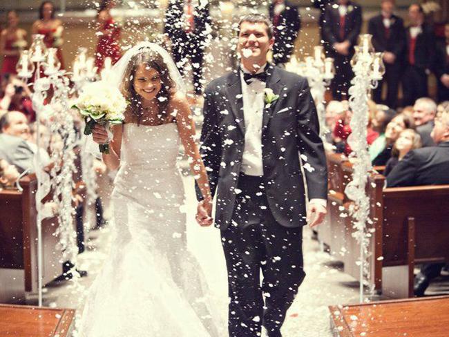 Ученые рассказали, сколько нужно прожить в браке, чтобы стать счастливым