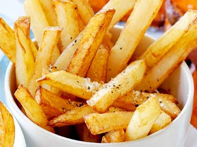 Ученые: картошка фри, чипсы  и печенье могут  спровоцировать раковые  заболевания