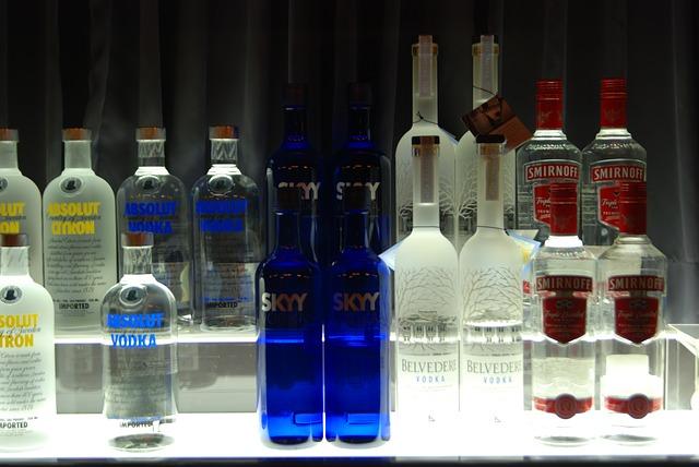 Топ-10 самых  вредных алкогольных напитков