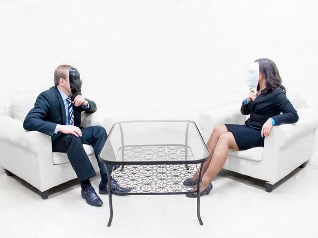 Скрытые сигналы: как легко считывать настоящие чувства и мысли людей