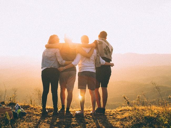 Правила дружбы: как и с кем строить близкие отношения