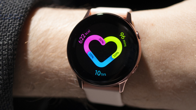 Стильный аксессуар для «умного» образа: ТОП моделей Smart-часов для мужчин