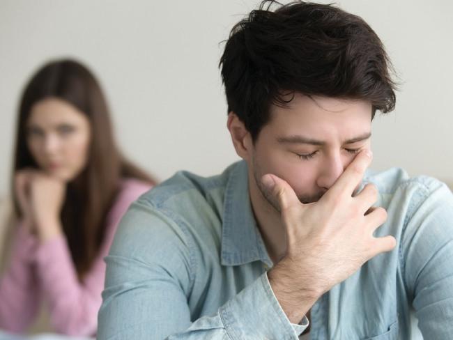 Все о мужской депрессии: причины, признаки, лечение